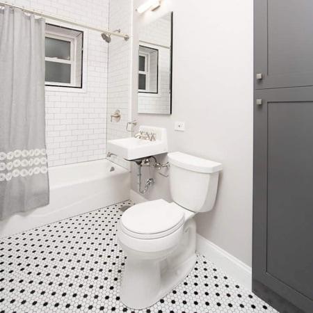 Lakeview East Bathroom Remodelers