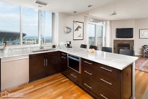 Roscoe Village Kitchen Remodelers
