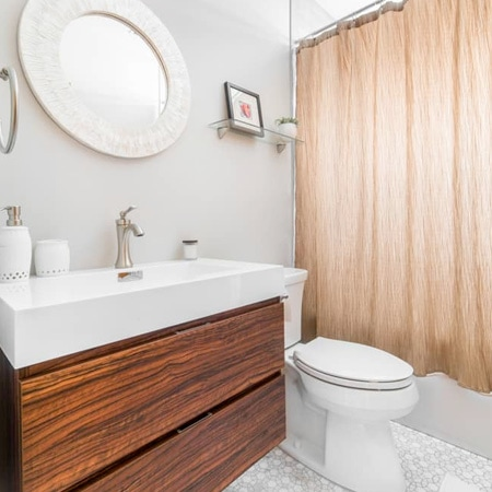 Sauganash Bathroom Remodeler