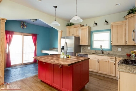 Hoffman Estates Kitchen Remodeler