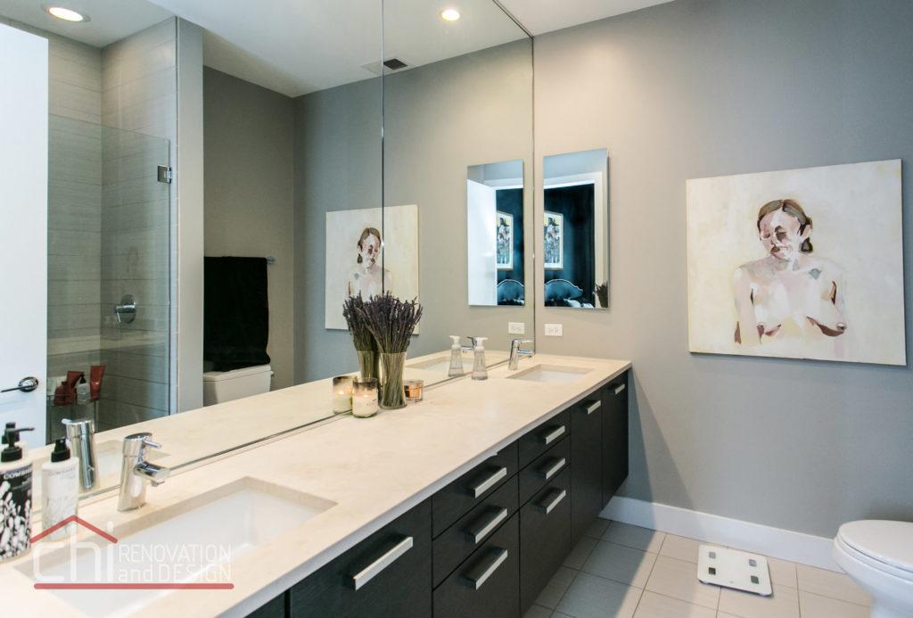 Artistic Urban Chicago Master Bathroom Contractors