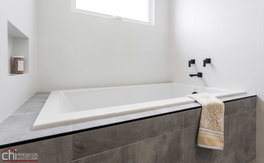 CHI | Bathtub Renovation Chicago