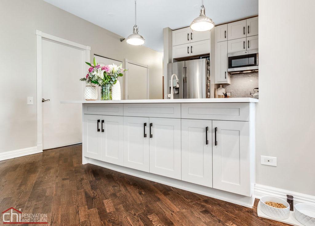 CHI | Chicago Condo Kingsbury Custom Kitchen Cabinet