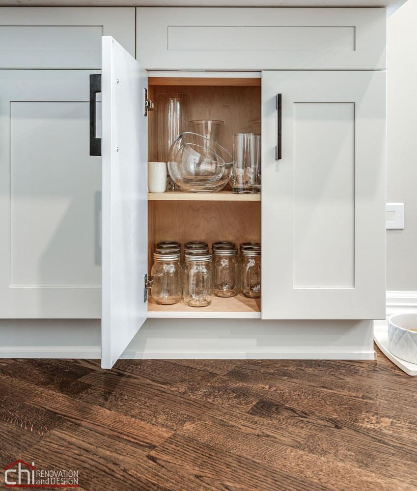 Chicago Condo Kingsbury Kitchen Cabinet Remodel