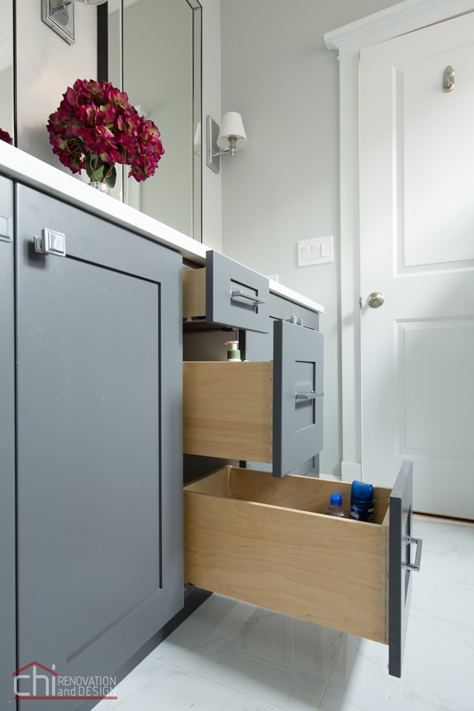CHI | Chicago Master Bath Vanity Cabinets
