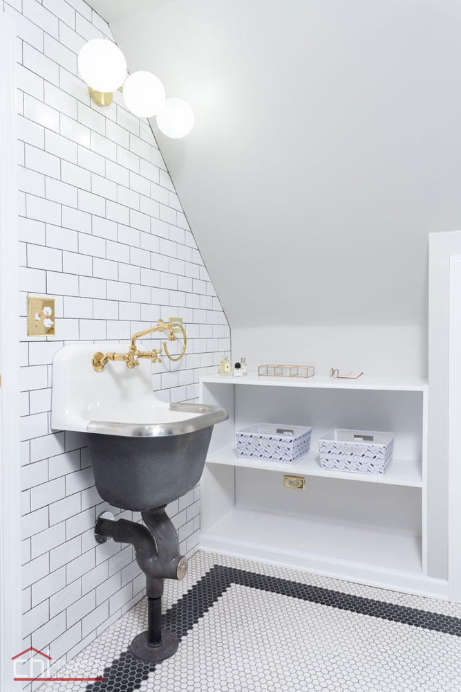 Chicago Roscoe Village Attic Space Bathroom Remodel