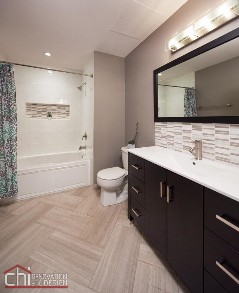 Lincoln Park Bathroom Interior Renovation