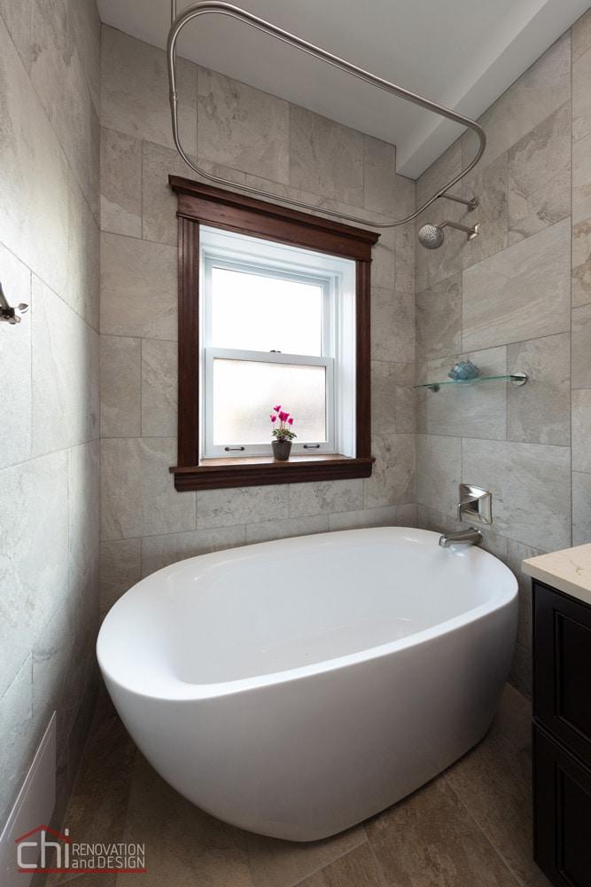 Lincoln Park Bathtub Remodel