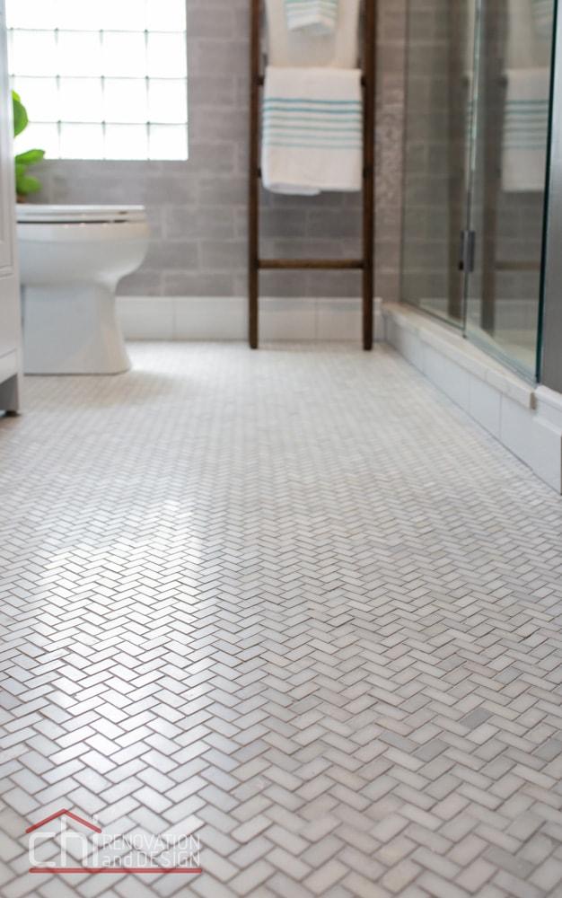 Park Ridge Retreat Bathroom Tile Design