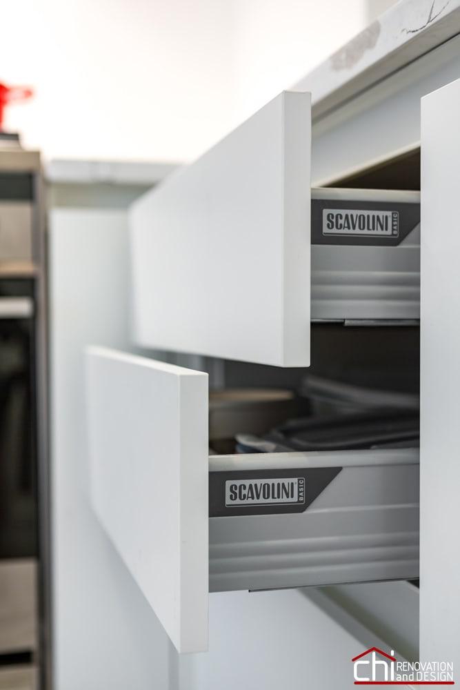 CHI | Elegant Chicago Kitchen Cabinets Remodel