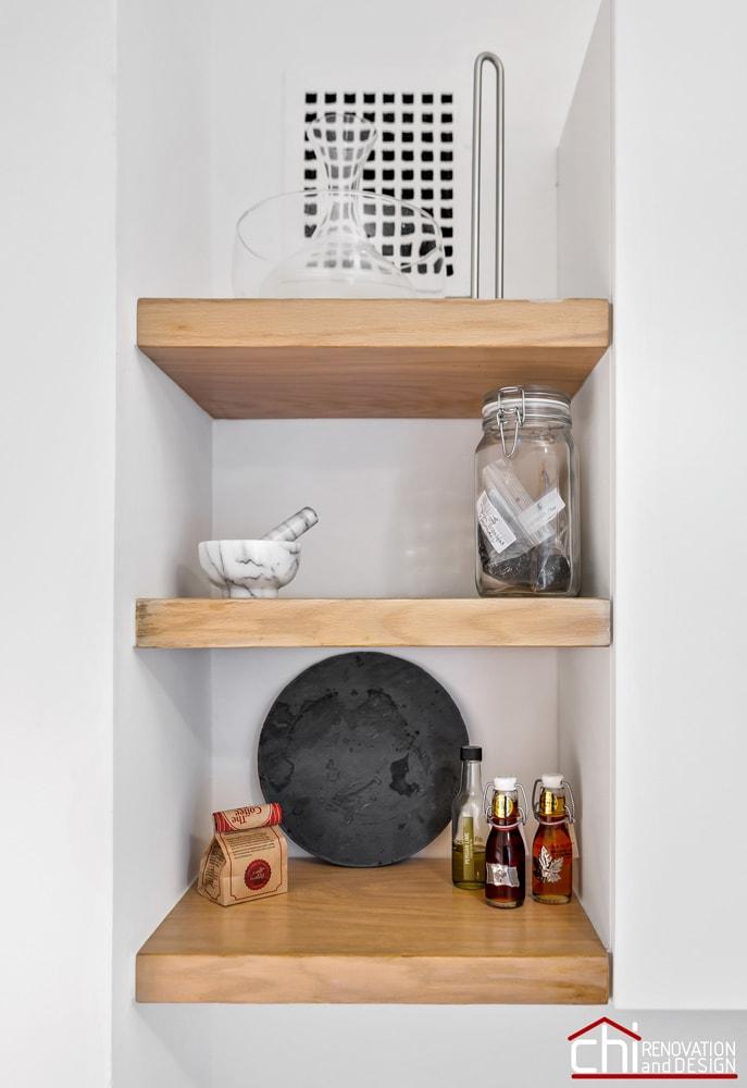 Elegant Chicago Kitchen Shelves Design