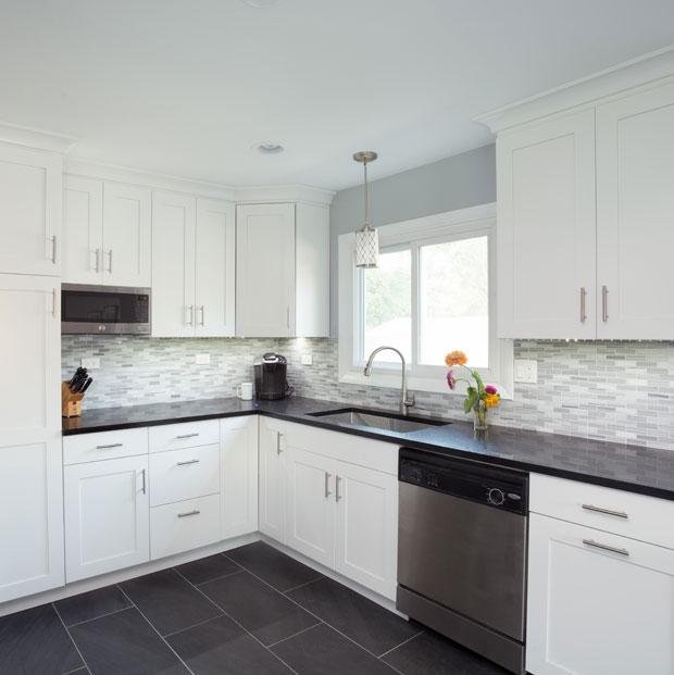 Remodeled Des Plaines Kitchen