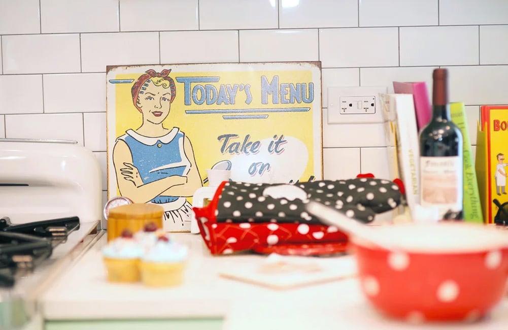 Retro Humboldt Park Chicago Kitchen Remodeler