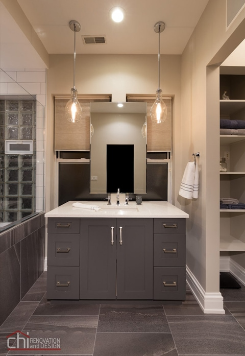 Chicago West Town Bathroom Vanity Design