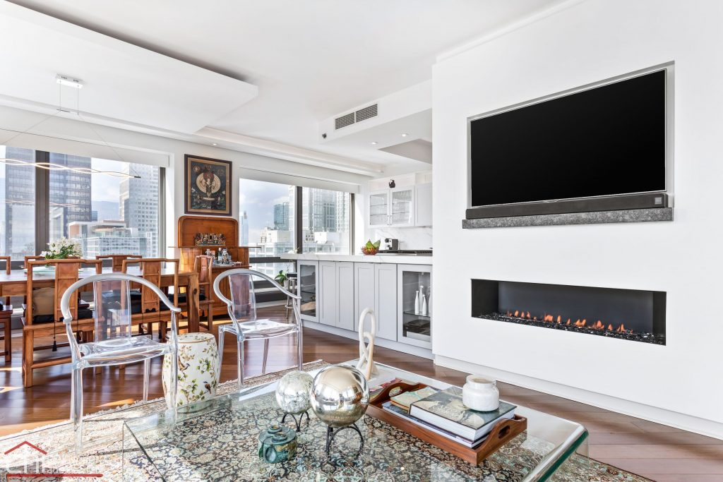 Chi | Chicago Condo Remodel Sleek Living Room